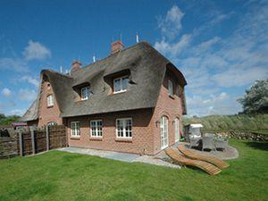 Villa für 8 Personen (130 m²) ab 210 € in Wenningstedt